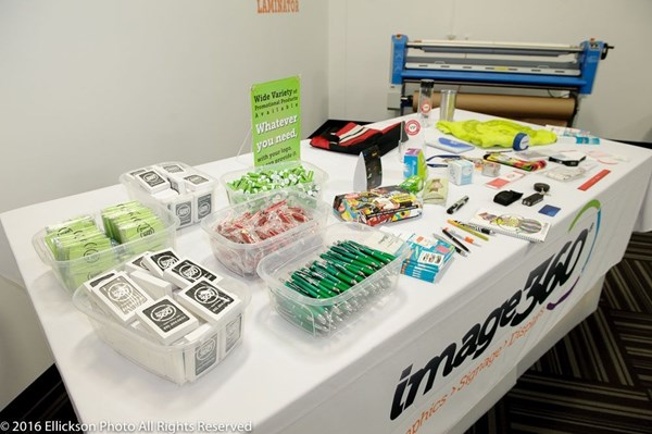 Trade Show giveaways, Pens, Cards, Hundreds of Promotional Items Available!